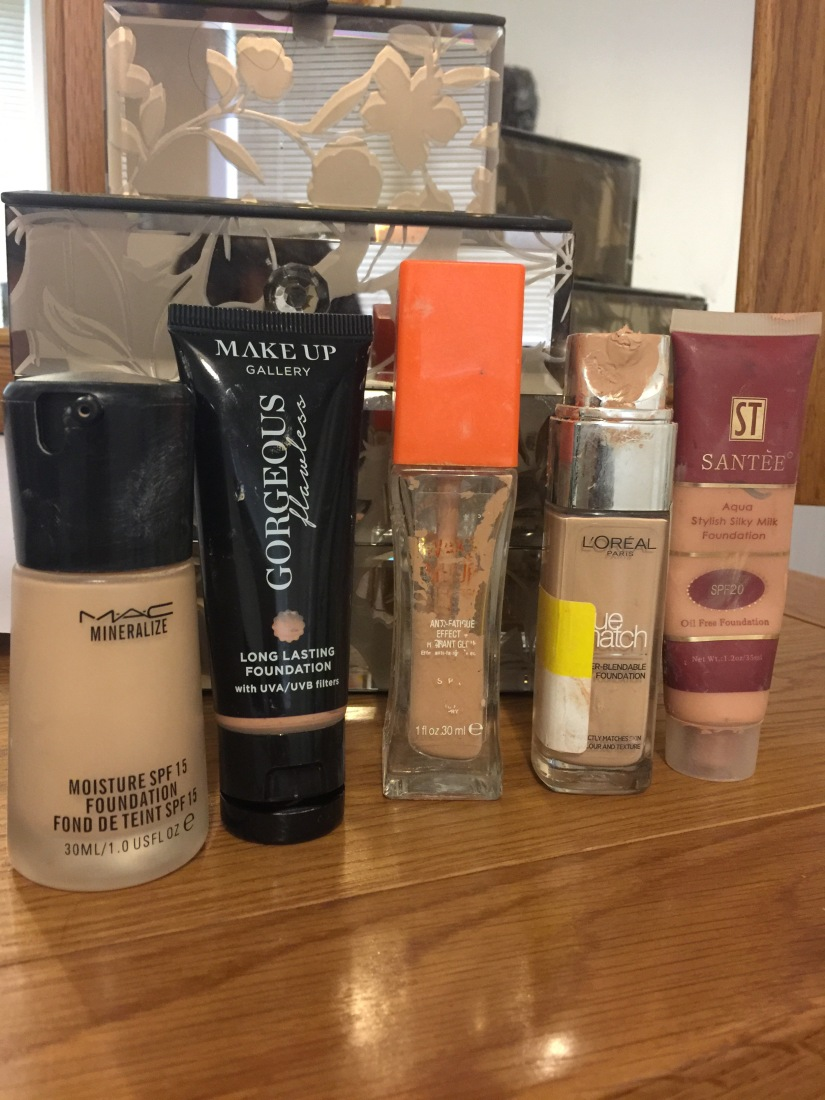 Mad Mondays – Top 5 foundations for light skin